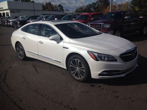 New 2017 Buick LaCrosse Premium 1 Group FWD 4D Sedan