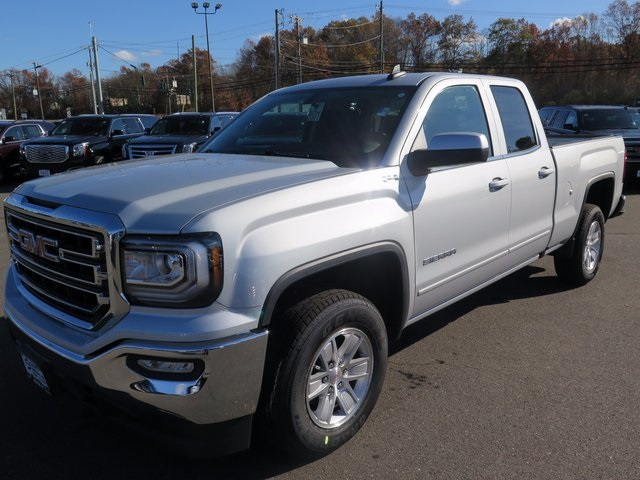 New 2018 GMC Sierra Double Cab