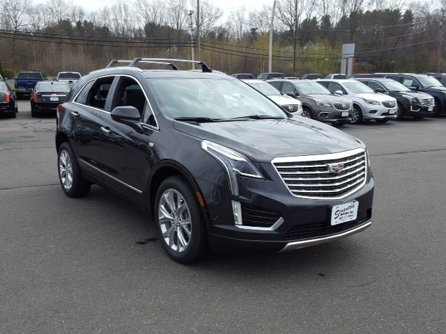 New 2017 Cadillac XT5 Platinum AWD