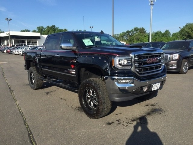 New 2016 GMC Sierra 1500 SLT